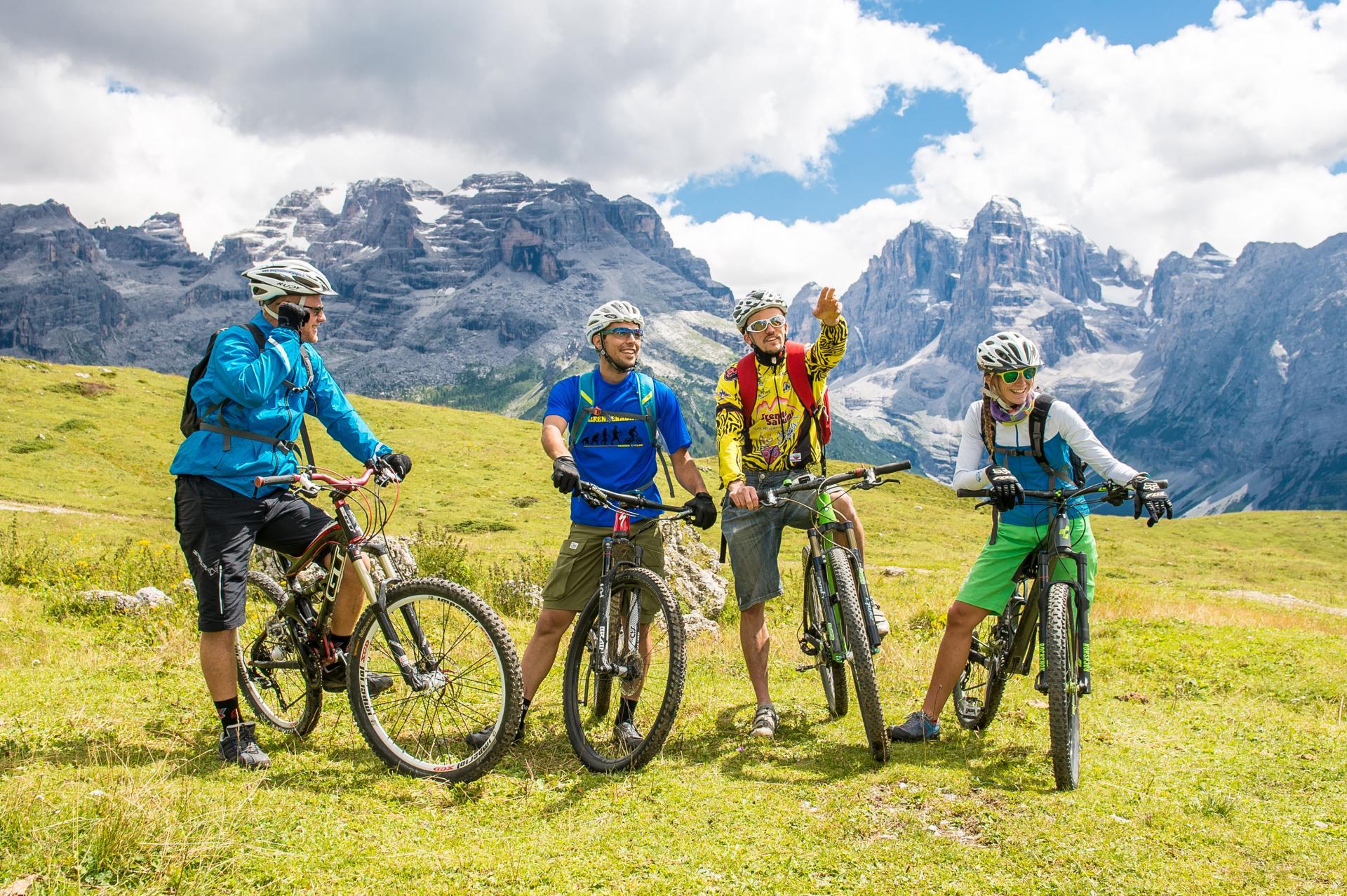 estate-campiglio_pinzolo-rendena-bike-area-ph_bisti.jpg